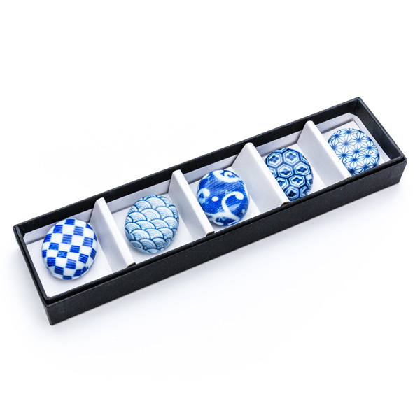 10592 chopstick rests traditional pattern box
