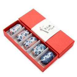 11914 ceramic chopsticks rest set blue red floral pattern 2