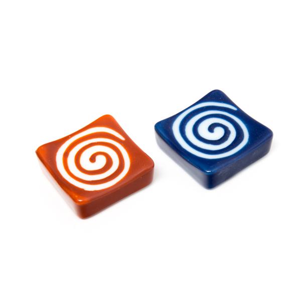 11644 ceramic chopstick rests red blue swirl
