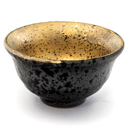 13120 ceramic sake cup black gold mottled pattern