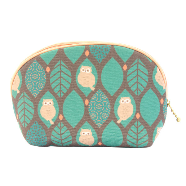 13561 make up bag   green  owl pattern