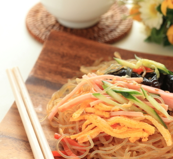 Shirataki And Fresh Vegetable Salad