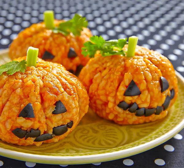 Halloween Jack-o'-lantern Pumpkin Shaped Rice Balls Recipe - Japan ...