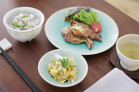 Japan centre japan centre fresh schedule 2shiokoji marinated pork meal 450 300 forumfinder Image collections