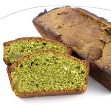 Photo matcha green tea and sweet chestnut cake