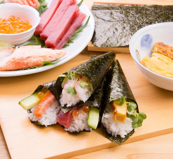 Temaki Zushi (Hand-Rolled Sushi)
